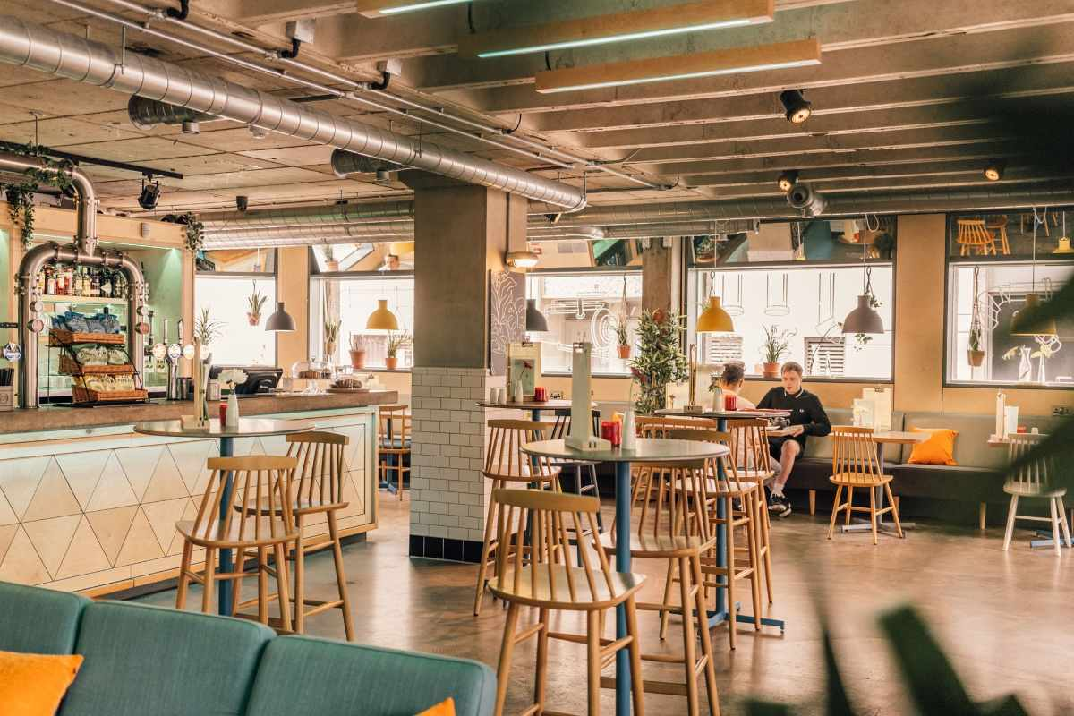 industrial-interior-of-the-tempest-on-tithebarn-restaurant-bottomless-brunch-liverpool