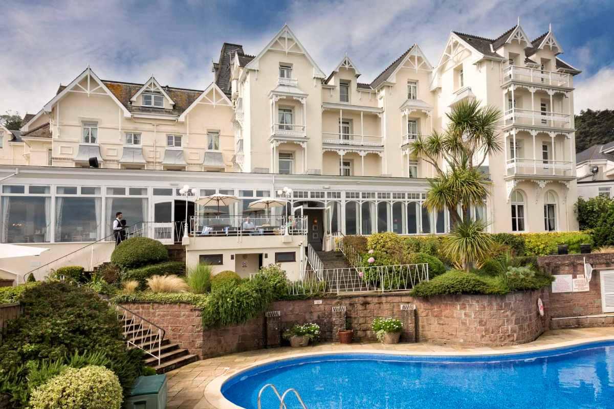 outdoor-pool-in-front-of-somerville-hotel-in-st-aubin