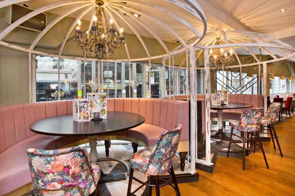 pastel-pink-floral-booths-at-slug-and-lettuce-bar-bottomless-brunch-liverpool