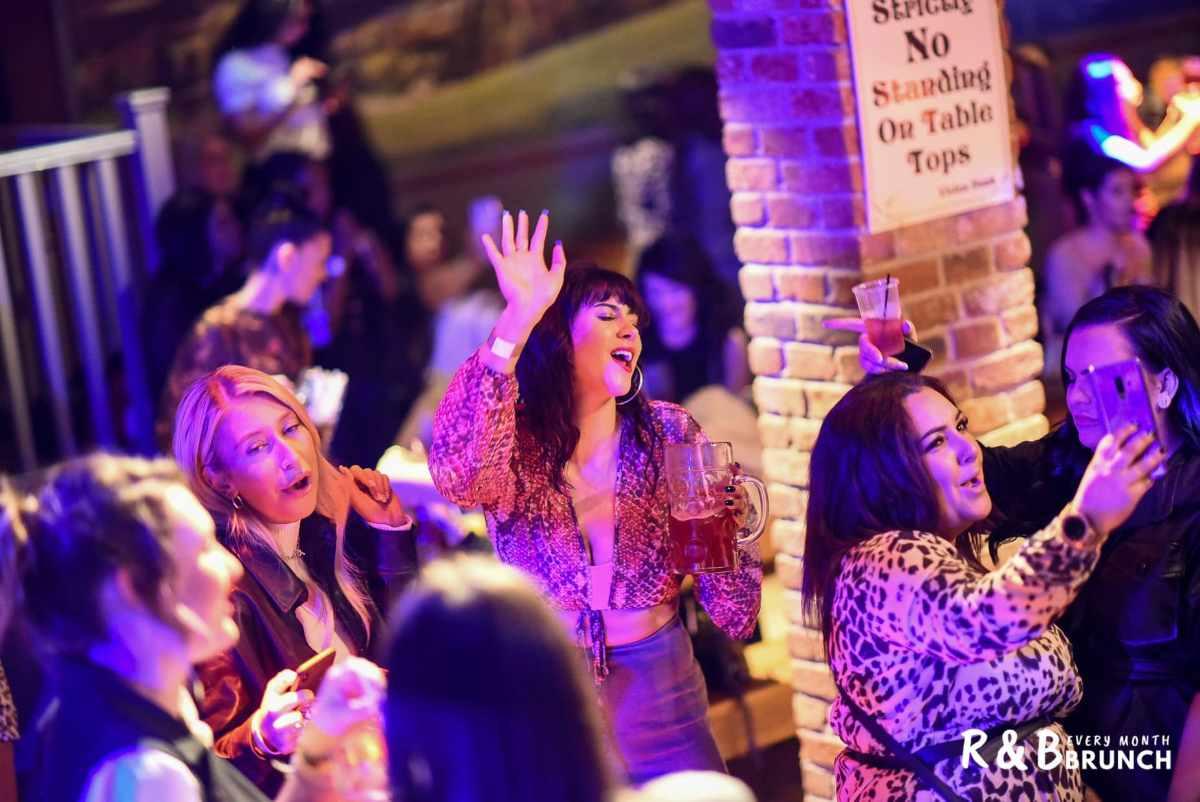 women-dancing-at-r&b-bottomless-brunch-at-the-bierkeller-bottomless-brunch-liverpool