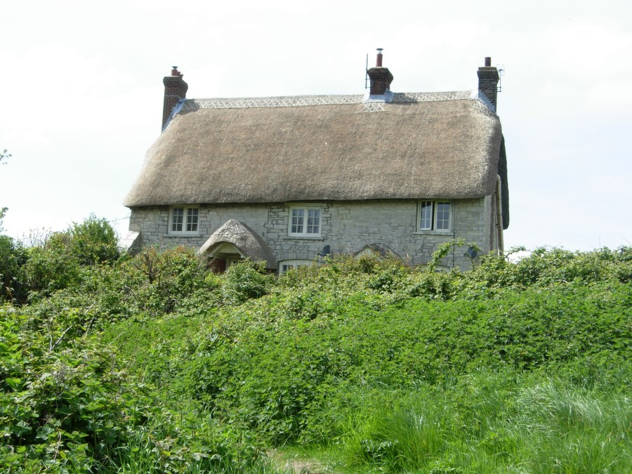 Dorset cottage along the bikepacking route in Dorset
