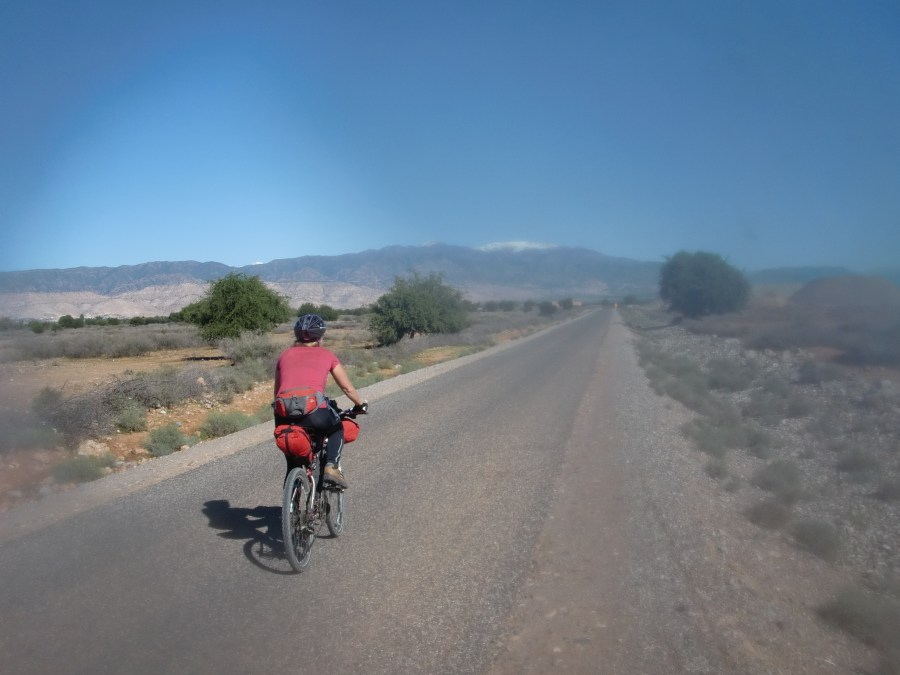 morocco meraid griffin cycling road to Aoulouz