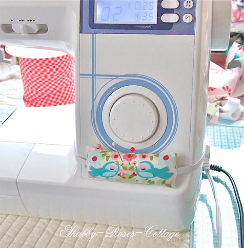 Nadelkissen an der Nähmaschine, Tutorial, farbenmix