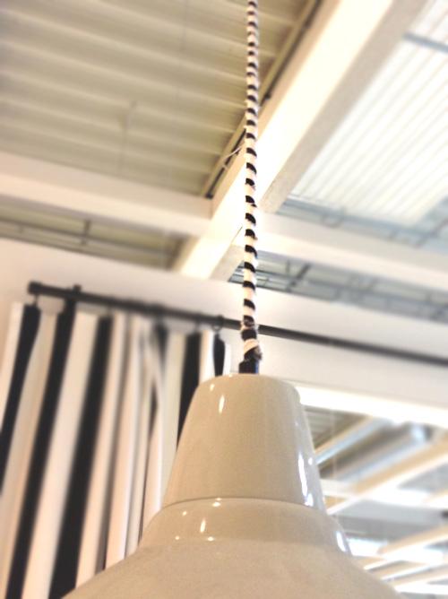Lampenkabel mit Stoff umwickeln, DIY-Projekt für Anfänger