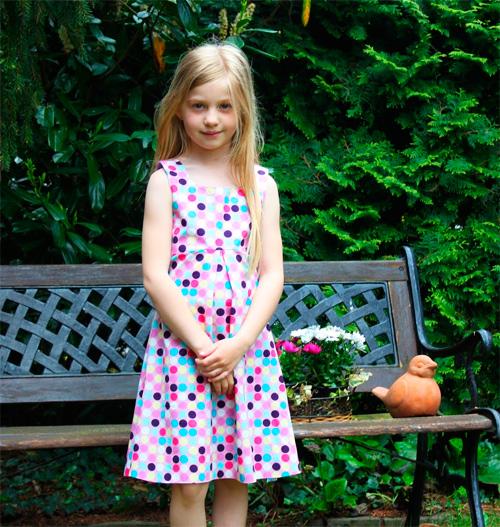 Kleidchen nach dem Schnittmuster HALIMA von farbenmix nähen