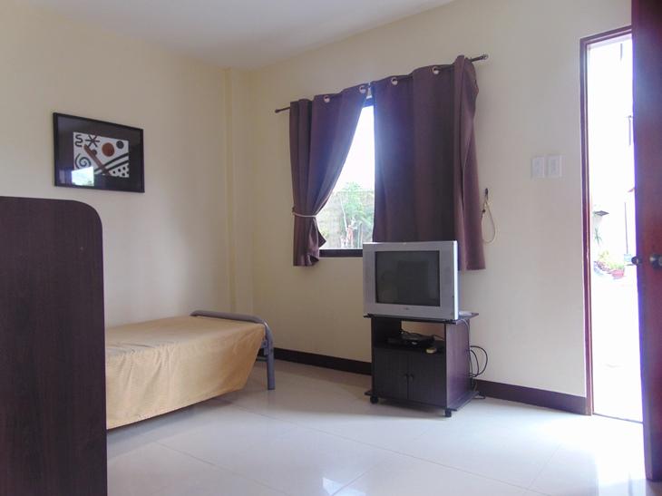 Studio Apartment located in Lahug Cebu City Fully