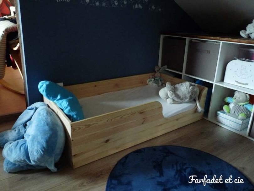 le lit au sol pour b b inspiration montessori farfadet et cie. Black Bedroom Furniture Sets. Home Design Ideas