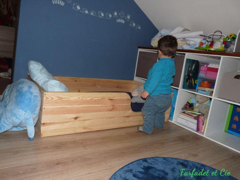 le lit au sol de montessori retour d 39 exp rience. Black Bedroom Furniture Sets. Home Design Ideas