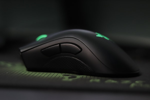 What characteristics should be in mouse while choosing
