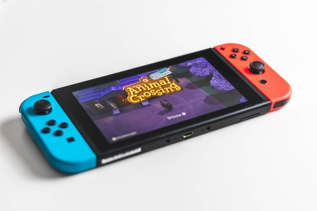 Nintendo portable console