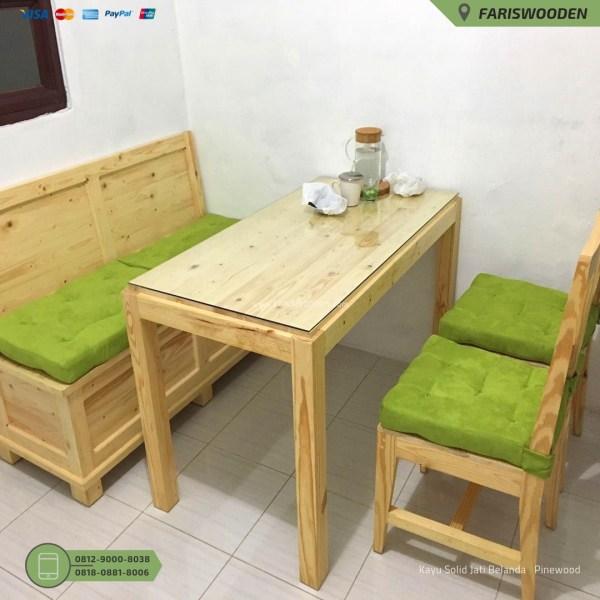 Meja dan Kursi Makan
