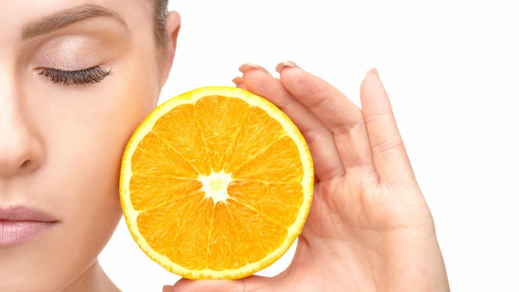 Le vitamine della bellezza, il cocktail che rende la pelle sana