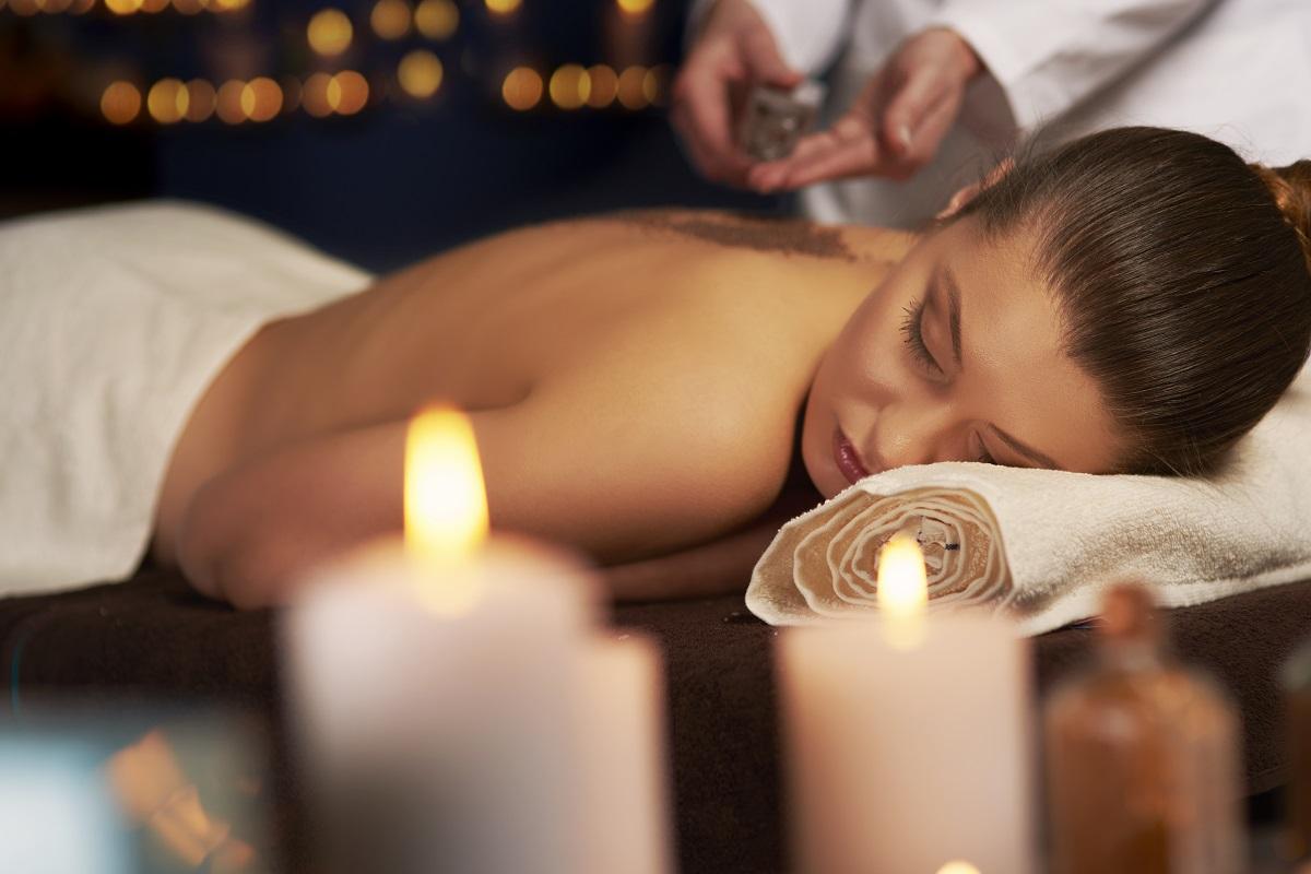 Il massaggio rilassante: ecco come sconfiggere lo stress
