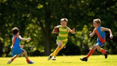 revision medica antes de practicar un deporte. niños