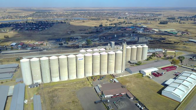 WIPHOLD expands strategic footprint in agriculture with investment in grain storage business