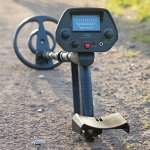 ForagerGO-Waterproof-Metal-Detector-Starter-Kit-Bundle-with-Shovel-and-Metal-Detecting-Guide-0-0