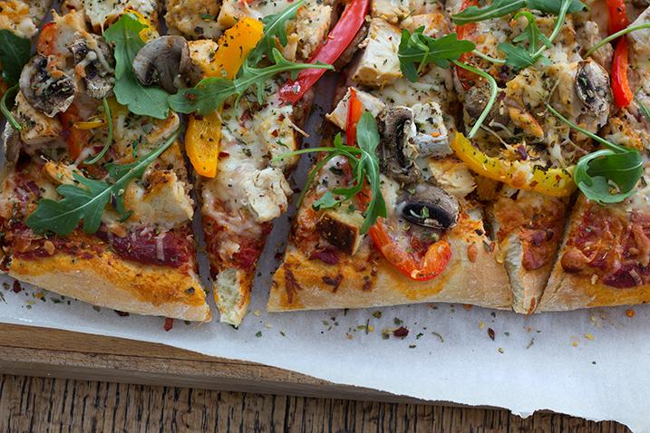 Easy 20 Minute Pizza Dough Recipe | farmgirlgourmet.com