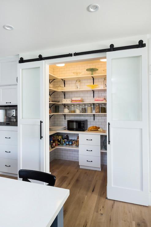 Kitchen Pantry Inspiration Farmhouse 40