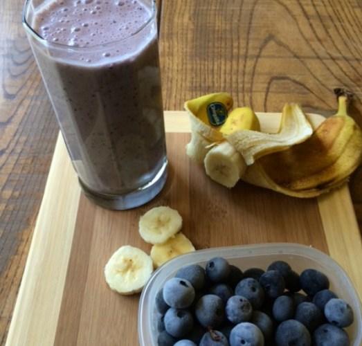 2 Minute Blueberry Banana Protein Smoothie