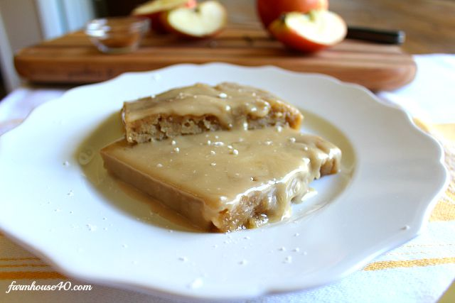 slices of applesauce bars frosted with caramel sauce.
