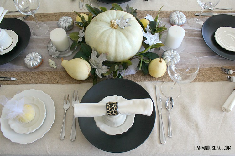 Rustic Elegance Thanksgiving table setting