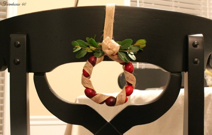 cranberry wreath 3512