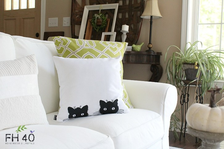 Living Fall decorations black cat pillow