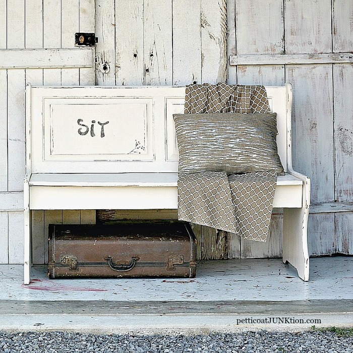 White-Farmhouse-Style-Bench-Petticoat-Junktion-diy-home-decor-project