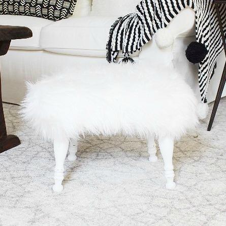 DIY-fur-stool