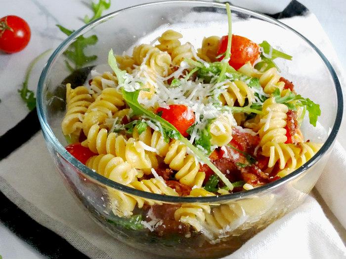 bLT-pasta