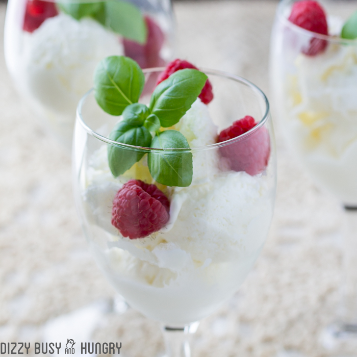 easy-no-churn-moscato-ice-cream