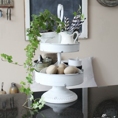 Farmhouse Summer Kitchen Simple and Easy