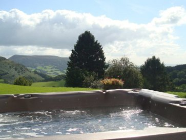 luxury hot tub cottage west wales