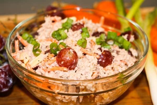 Whole30 Loaded Tuna Salad