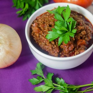 Easy 8-ingredient Paleo & Whole30 Chili, Stovetop Chili