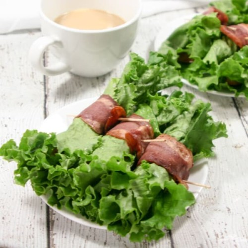 These Paleo and Whole30 BLT Breakfast Wraps need only 4 ingredients. A quick, easy, egg-free breakfast option + perfect for the whole family!