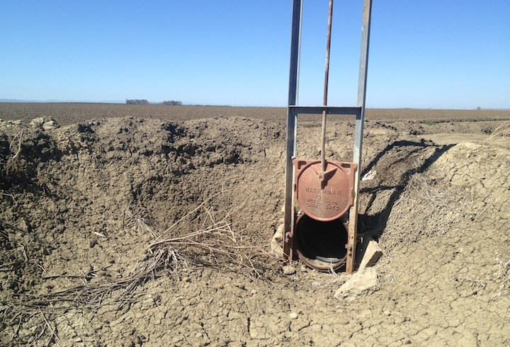 Groundwater overdraft is a fixable problem
