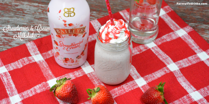 Baileys Strawberries and cream milkshake recipe combines vanilla ice cream, strawberry vodka, frozen strawberries and Baileys strawberries and cream for a boozy strawberry milkshake. #Milkshake #Boozymilkshake #Spiked #SpikedMilkshake #Baileys #Strawberries #cocktails