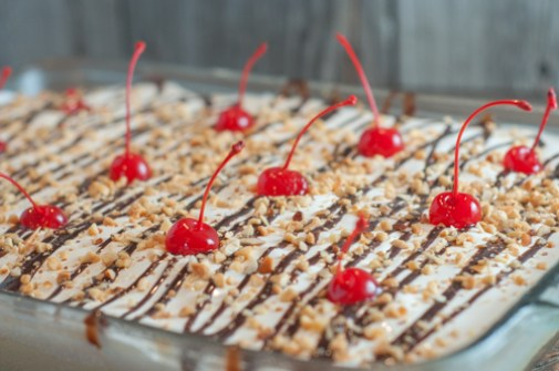 Banana Split Dessert is an old family favorite dessert from Farmwife Feeds