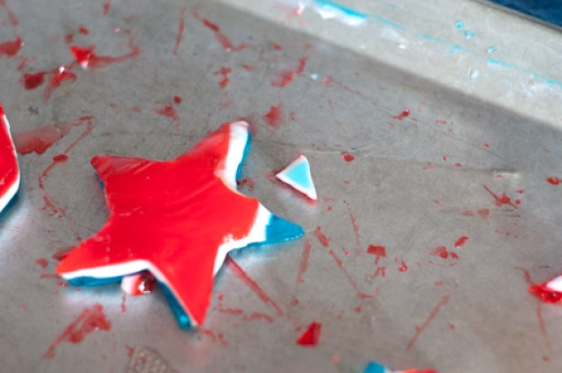 Red, White and Blue Finger Jello Stars for Memorial Day, 4th of July or an all American celebration from Farmwife Feeds #recipe #jello #redwhiteblue