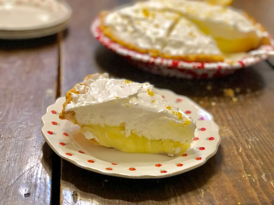 Lemon Luscious Pie from Farmwife Feeds is a creamy fresh lemon pie perfect for that summer feeling. #lemon #pie #recipe