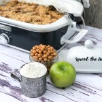 Crock Pot Apple Cobbler
