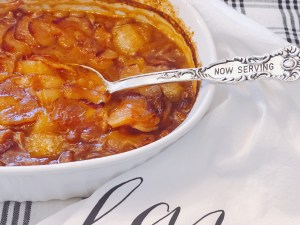 Oven Baked Pork and Beans from Farmwife Feeds are a classic bbq staple that also makes a great side dish for everyday meals. #beans #bbq #pork