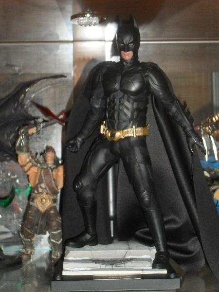 Batman - Hot Toys - Meus bonecos - 2013 - Blog Farofeiros