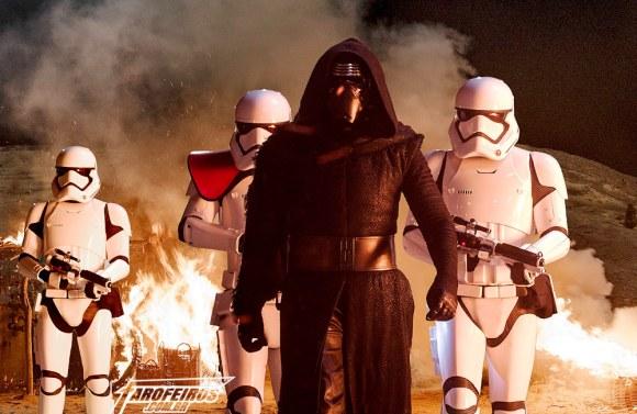Star Wars - O Despertar da Força depois de assistir três vezes - Kylo Ren - Blog Farofeiros