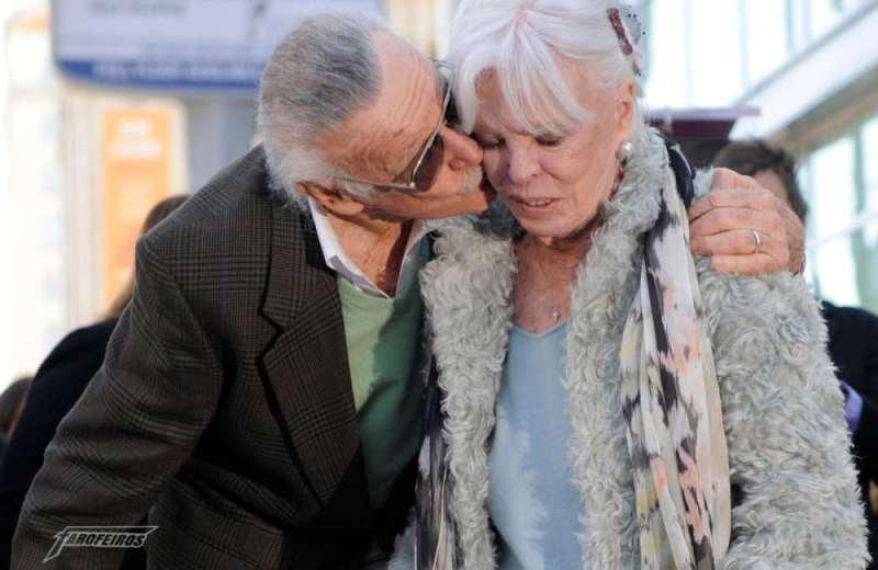 O que está acontecendo com Stan Lee - Stan e Joan