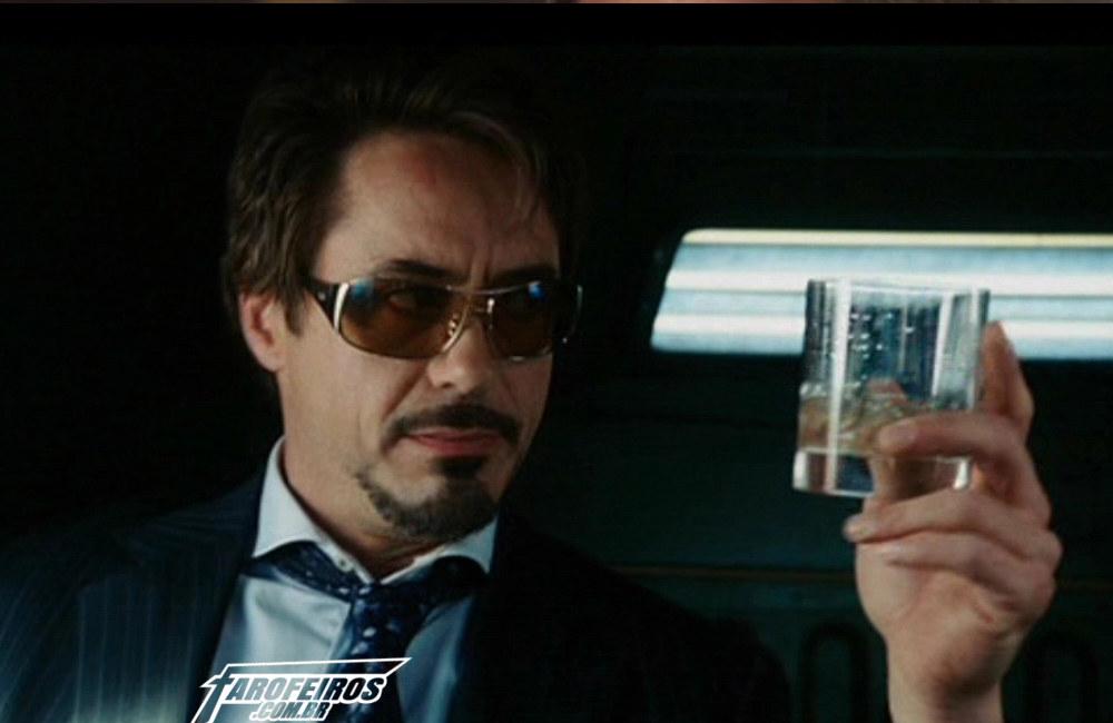 Vingadores bebendo - Tony Stark - Homem de Ferro - Blog Farofeiros