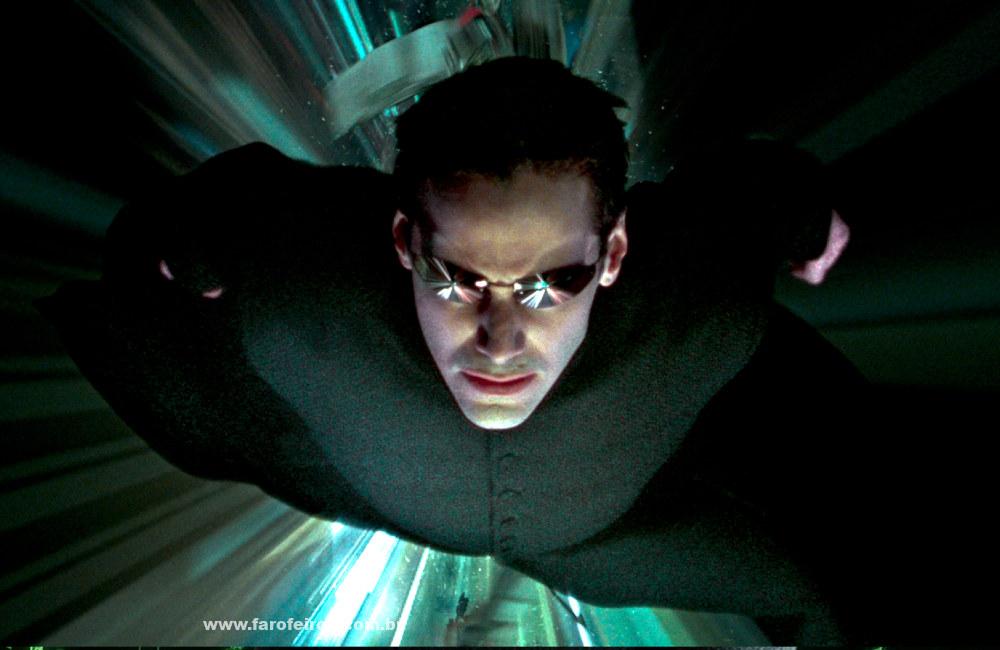 Quem precisa de Matrix 4 - Neo voando - Blog Farofeiros