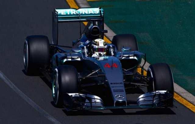 Merecedes, de Lewis Hamilton, sobra nos treinos. Preve-se certeiramente o repeteco do domínio do time alemão em 2015 (Getty Images)