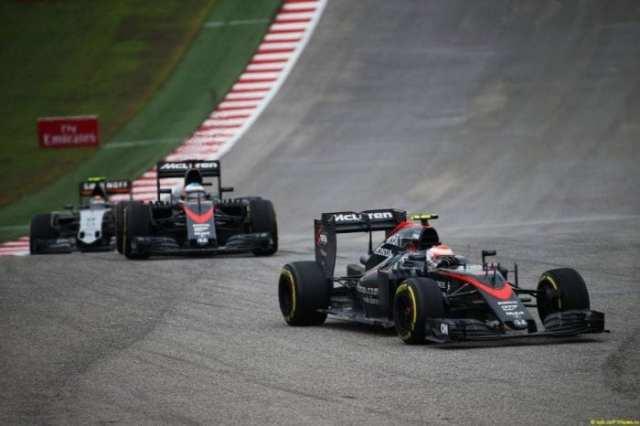 McLaren surpreendeu e arrecadou bons pontos com o sexto de Button. Alonso também foi bem, mas ficou para trás no final (Batchelor / XPB Images)